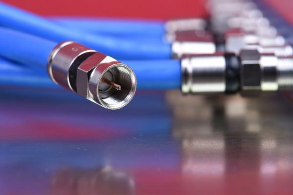 Niestandardowe przewody do przemienników częstotliwości